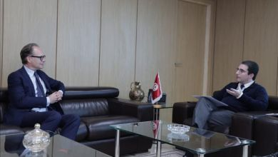 Photo of العزابي يلتقي بالمنسق المقيم لبرنامج الأمم المتحدة الإنمائي (PNUD) بتونس