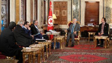 Photo of جلسة توافقية بين رؤساء الكتل البرلمانية ووفد حكومي