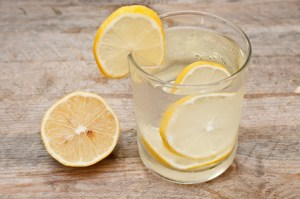 Здраве, Топла вода, Лимонов сок, Имунитета, Организъм, Хормонален баланс, Детокс, Мозъка, Антиканцорогенно, Кофеин, Закуската