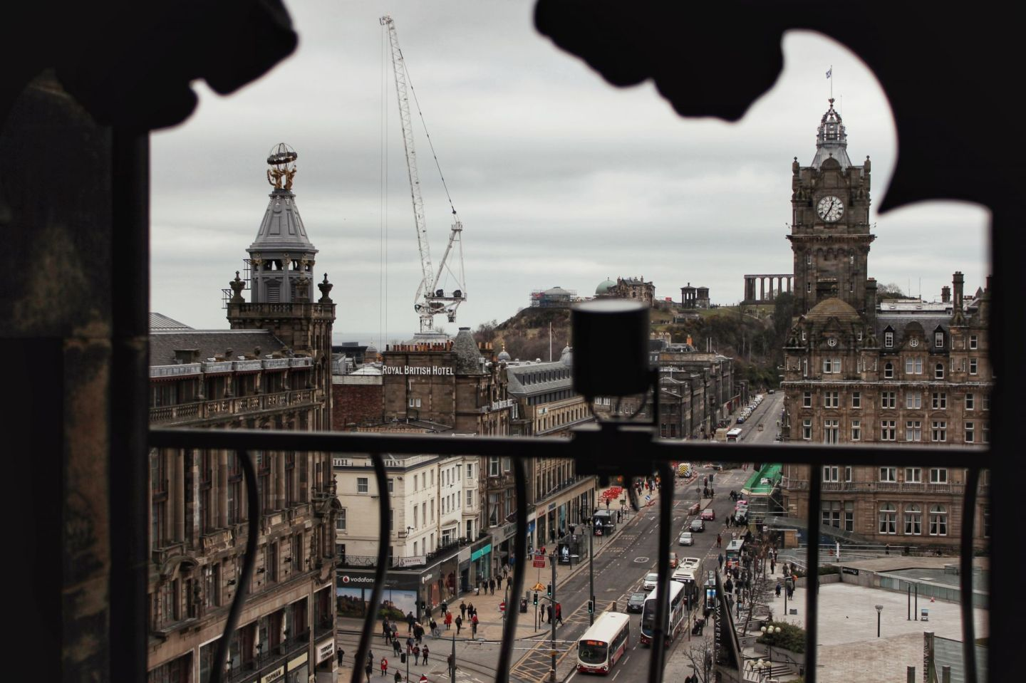 Edinburgh waverley station from scott monument