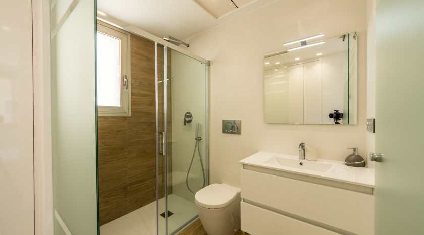 1 of 4 bathrooms