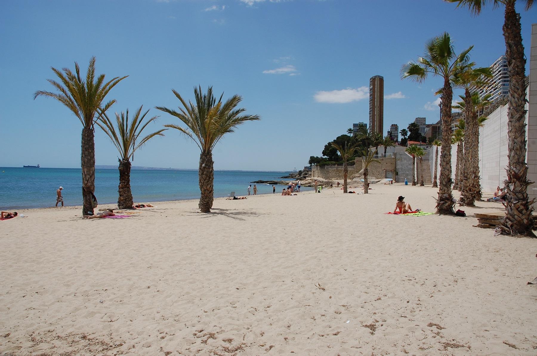 Playa de la Albufereta, Alicante - ALICANTE City & Experience
