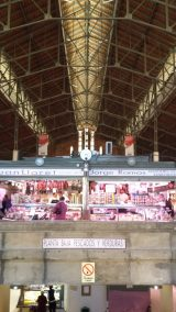 Acceso al Mercado Central. Plaza de las Flores