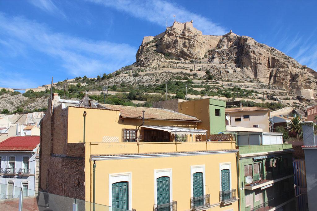 Castillo desde terraza de la DO