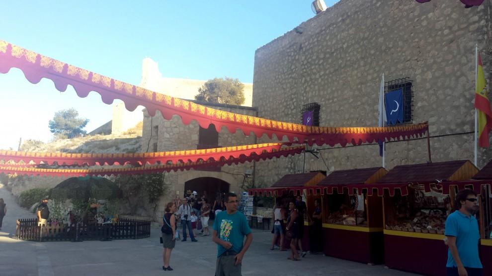 Mercado artesano en el Castillo de Santa Bárbara. Verano 2015