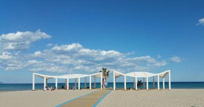 Áreas para personas con discapacidad en las playas de Alicante