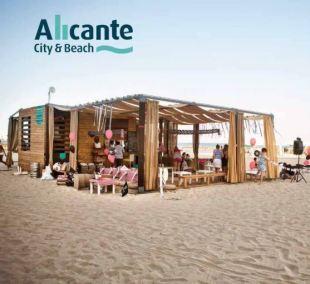 foto con marca playa postiguet chiringuito