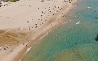 Las playas de Alicante reivindican su calidad con cinco banderas azules
