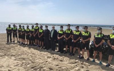 El Ayuntamiento de Alicante refuerza el dispositivo de Policía Local en las playas con 74 agentes y más control por tierra, mar y aire para garantizar la seguridad en Alicante