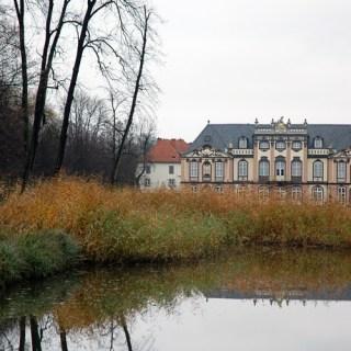 Schloss Molsdorf im Herbst
