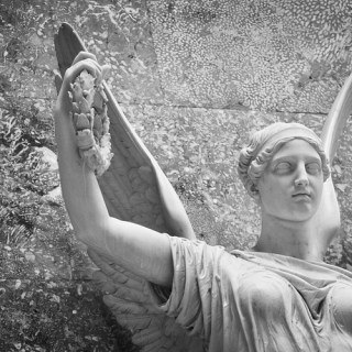 Engel in der Walhalla [4]