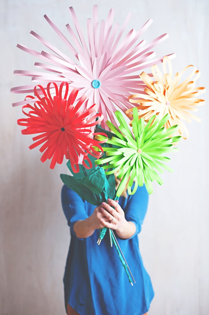 Love this tutorial for DIY modern paper flowers from A Subtle Revelry