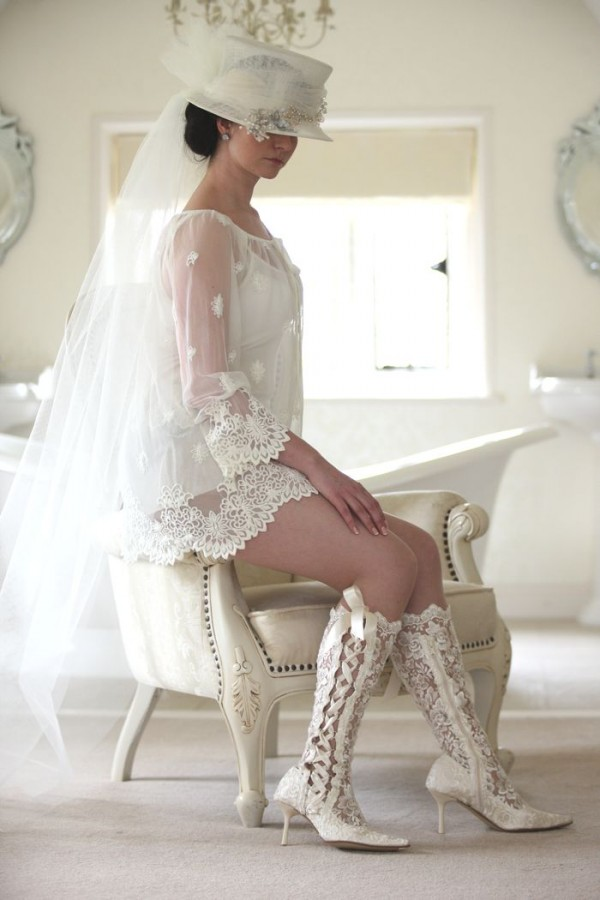 AliceWeddingBlog-House-Of-Elliot-lace-wedding-boots-014