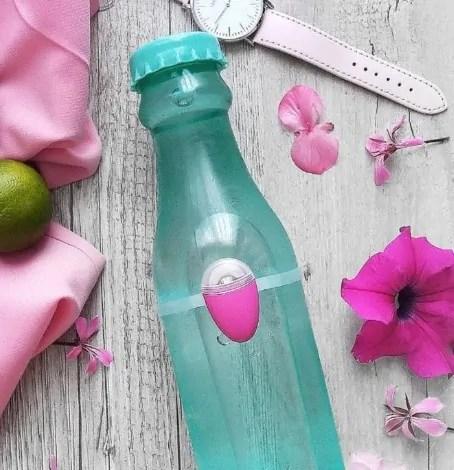 Version rose, permet de rester hydraté en clignotant