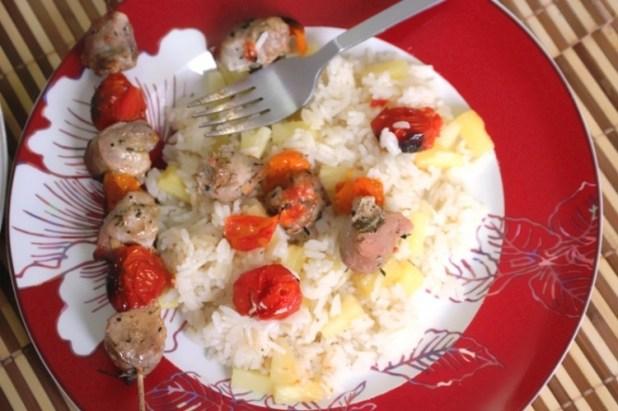 brochettes de porc et riz à l'ananas (17)