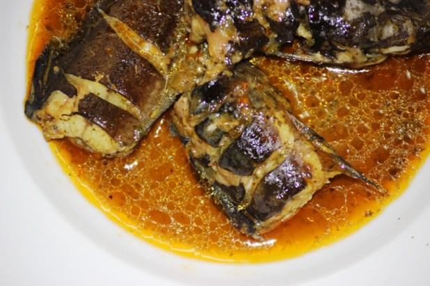 Bouillon de poisson d 39 eau douce aux pices alice pegie - Cuisine africaine camerounaise ...