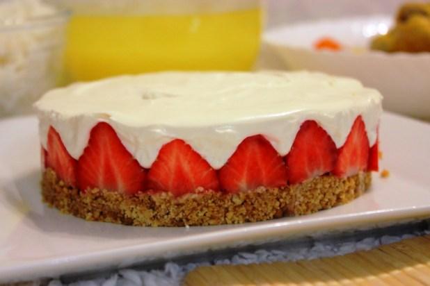 cheesecake sans cuisson la fraise alice pegie cuisine. Black Bedroom Furniture Sets. Home Design Ideas