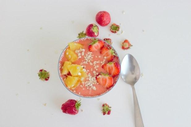 soupe de fraises, ananas et poivre de sichuan