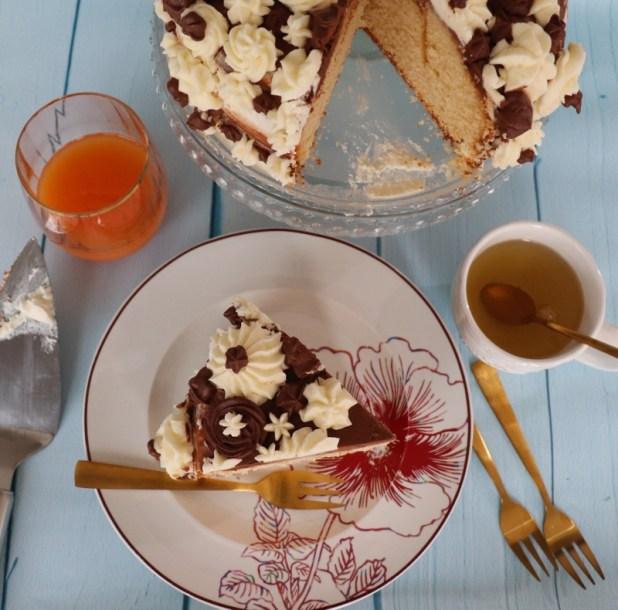 gâteau au yaourt à la chantilly vanille et chocolat