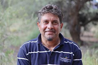 p2417 Karl Hampton - CAAMA CEO-E