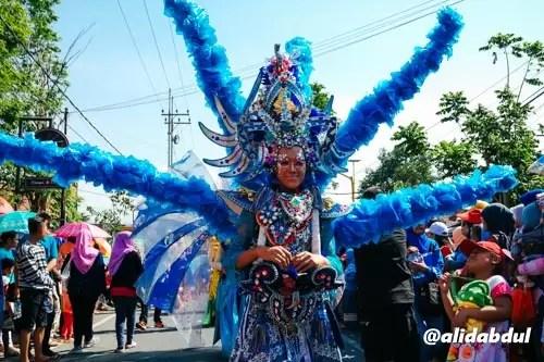 Kostum Karnaval Aneh Alid (1)