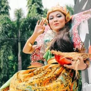 Karnaval Jombang 2016 Bhineka Tunggal Ika 1
