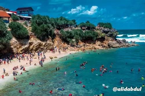 pantai-nglambor-gunungkidul-alid-abdul-2