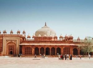 Fatehpur Sikri Featured