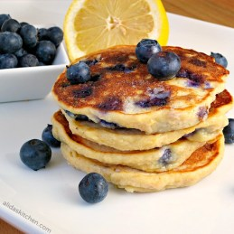 Blueberry Lemon Ricotta Pancakes | alidaskitchen.com