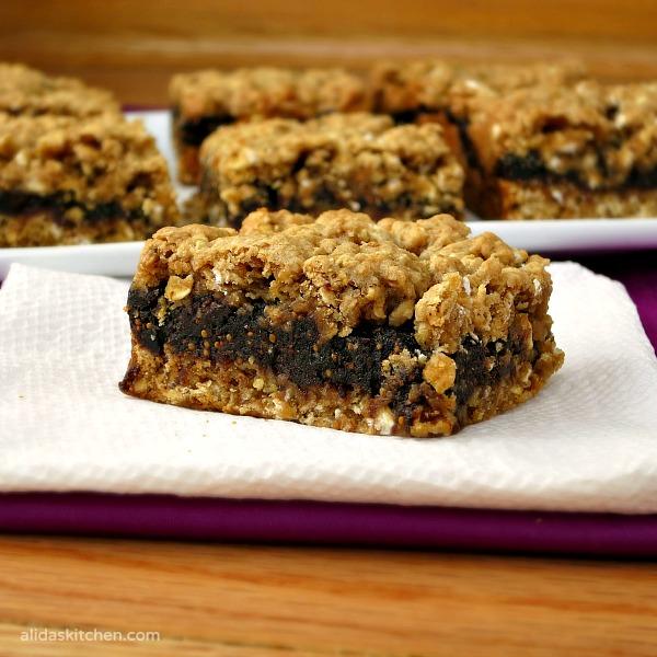 oatmeal fig bars | homemade fig newtons