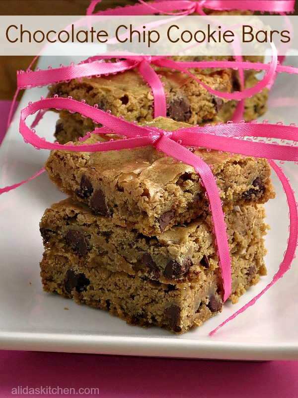 Chocolate Chip Cookie BarsChocolate Chip Cookie Bars