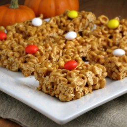 Pumpkin Pie Alpha-Bits Treats | alidaskitchen.com