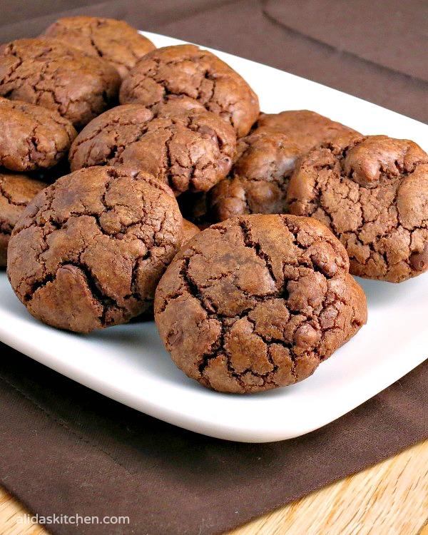 Mocha Truffle Cookies   alidaskitchen.com