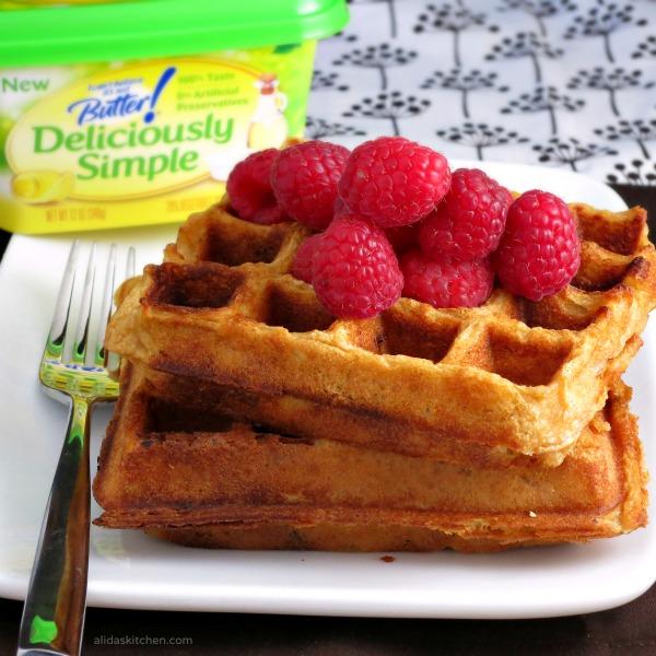 Almond Butter Waffles | www.alidaskitchen.com