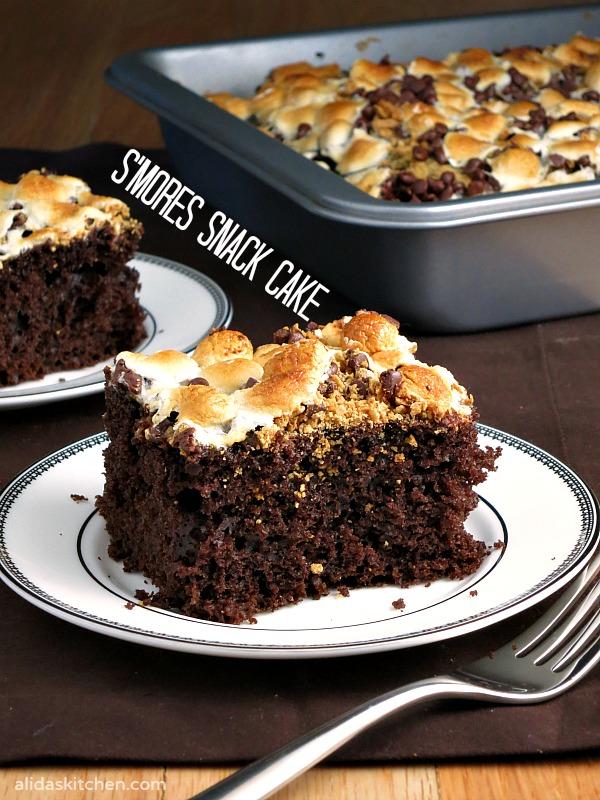 S'mores Snack Cake | alidaskitchen.com #SundaySupper