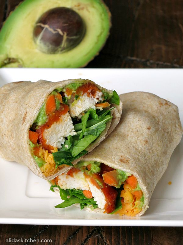 Easy Buffalo Chicken Avocado Wrap | alidaskitchen.com
