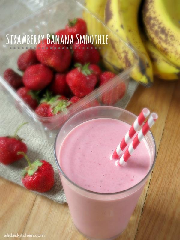 Strawberry Banana Smoothie | alidaskitchen.com