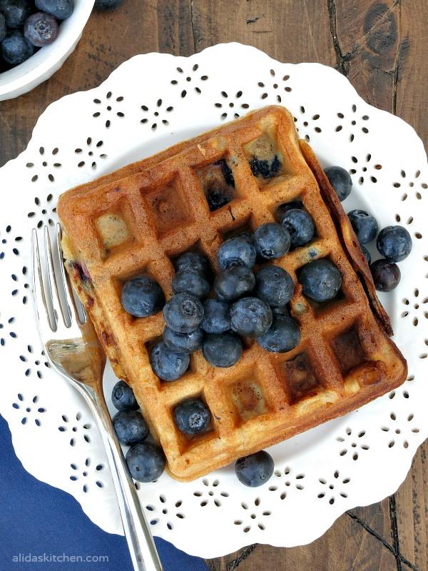 Blueberry Buttermilk Waffles | alidaskitchen.com