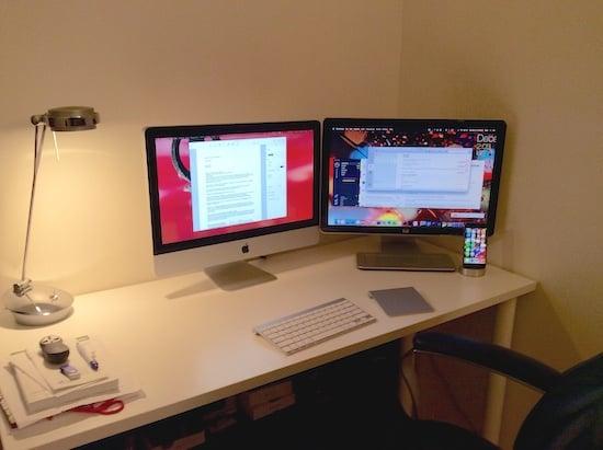 Genes Desk
