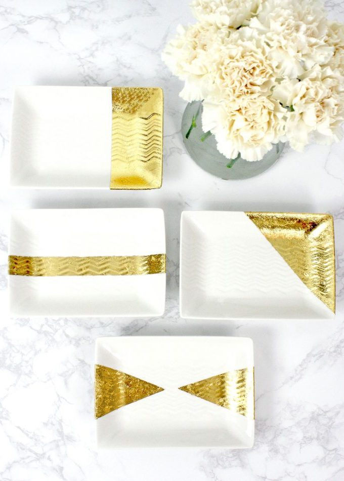 DIY Gold Leaf Jewelry Trays. Gold Leaf, Gold Foil, Gilded, Foil, Tray, Plate, DIY, DIY Gold Leaf, Jewelry Tray, Jewellery Tray, Home Decor, Pretty, Jewellery Holder, Jewelry Holder, Craft, Project, White and Gold, Decorative, Easy, Organization, Office, Desk, Gold Leafing, How to Gold Leaf Trays