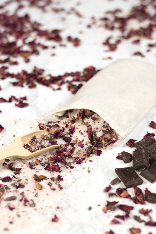 DIY chocolate rose petal tub tea in muslin bag