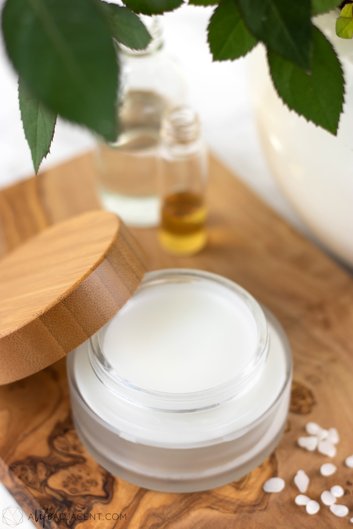 DIY Moisturizing Overnight Face Mask for Dry Skin