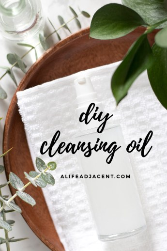 Cleansing oil with facial towel