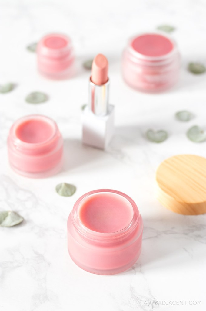 DIY tinted lip balm with lipstick