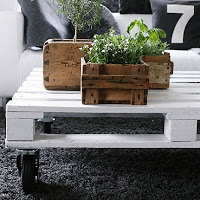 9 awesome things to make from a pallet