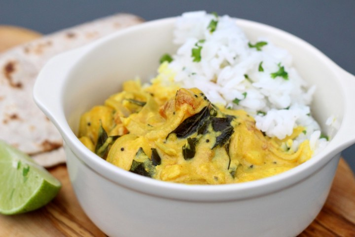 This really easy fish curry recipe is perfect for weeknights