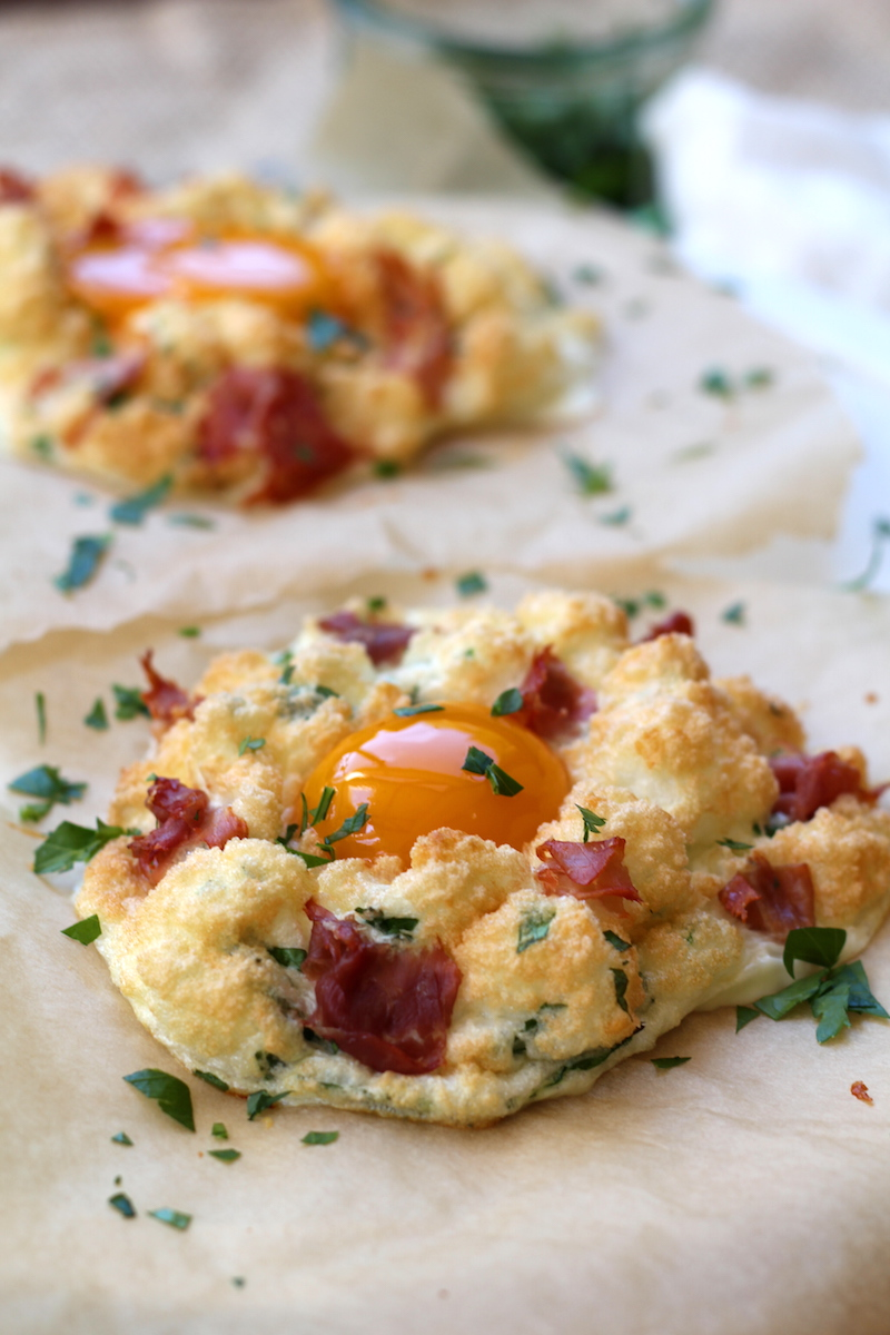 Cloud breakfast eggs recipe | www.alifeofgeekery.co.uk