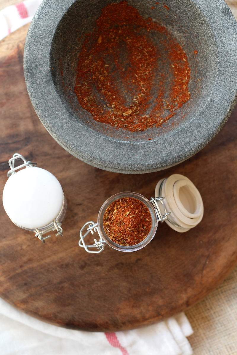 The perfect cajun spice mix recipe. This also makes an awesome gift for the foodie in your life. | www.alifeofgeekery.co.uk