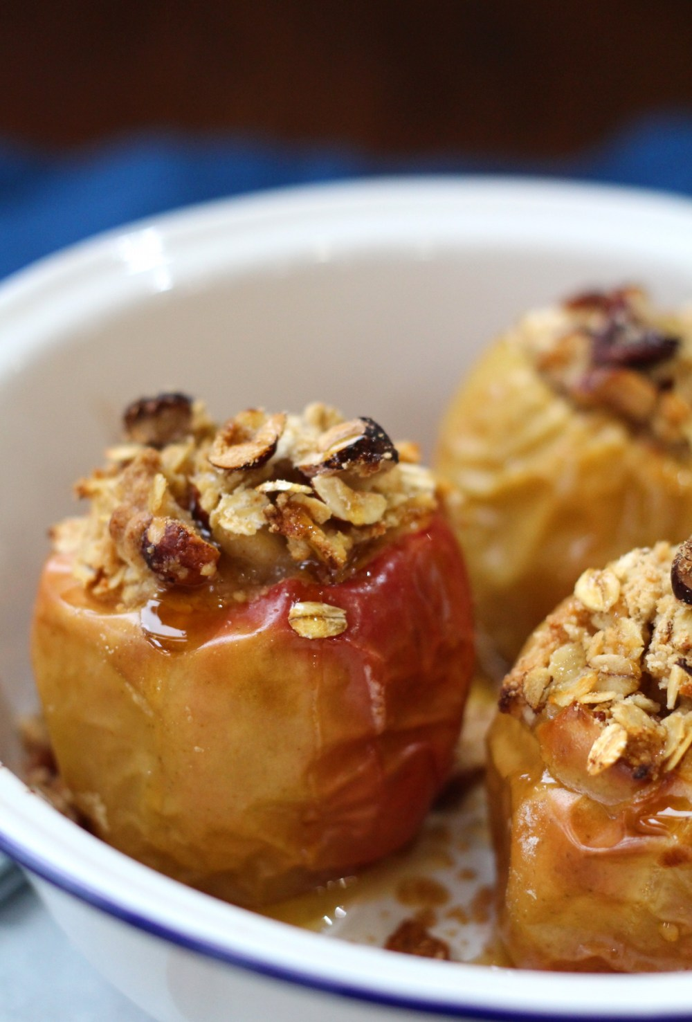 Crumble Baked Apples