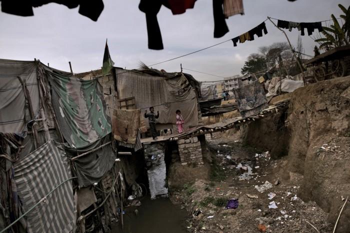 Fate - Homes in a Christian neighborhood in Islamabad, Pakistan. [1500x1000] - Imgur